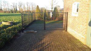 Goossens Lasbedrijf dubbele poort 3,2 meter breed